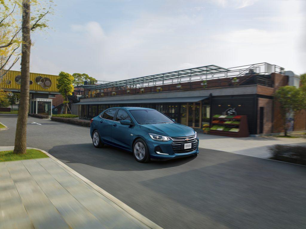 Chevrolet-Onix-2021-Azul-En-Monterrey-Carone